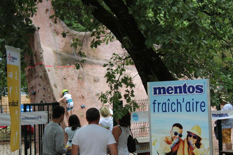 La RFE met en place une opération de Trip Marketing pour Mentos en organisant des activités sur les aires d'autoroutes