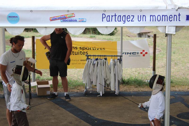 La RFE met en place une opération de Trip Marketing pour Mentos en organisant des activités sur les aires d'autoroutes Vinci